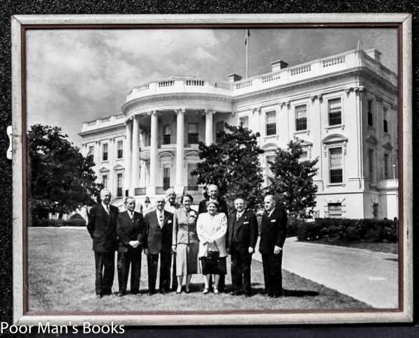 Image for GROUP OF DIGNITARIES ON WHITE HOUSE LAWN 1970. [LBC}